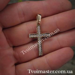 Крест с фианитами