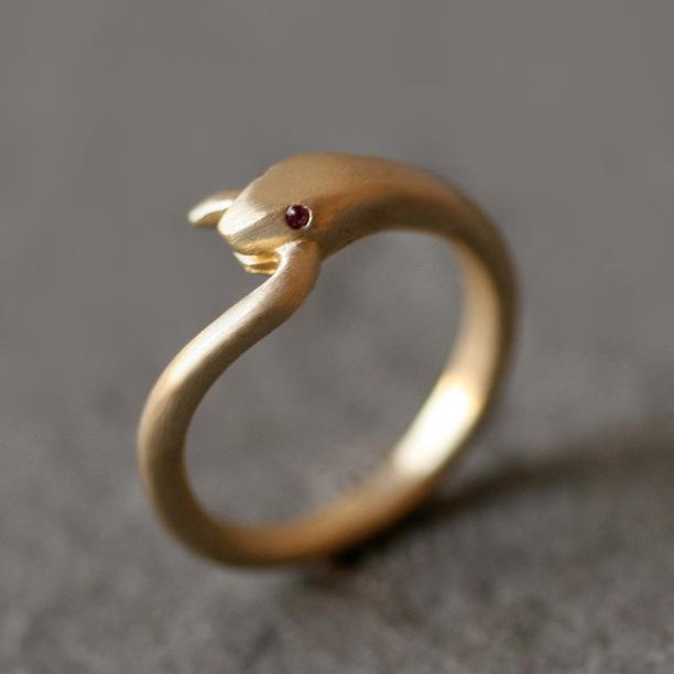 кольцо в виде змеи купить