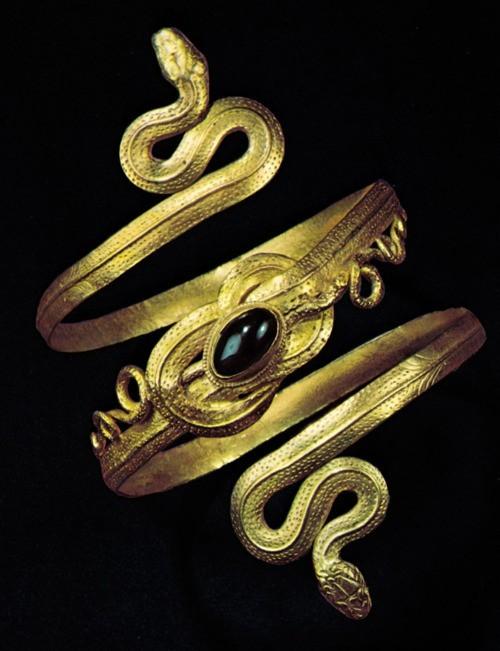 египетское кольцо со змеёй