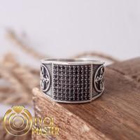 Мужское кольцо с рунической формулой для мужской привлекательности